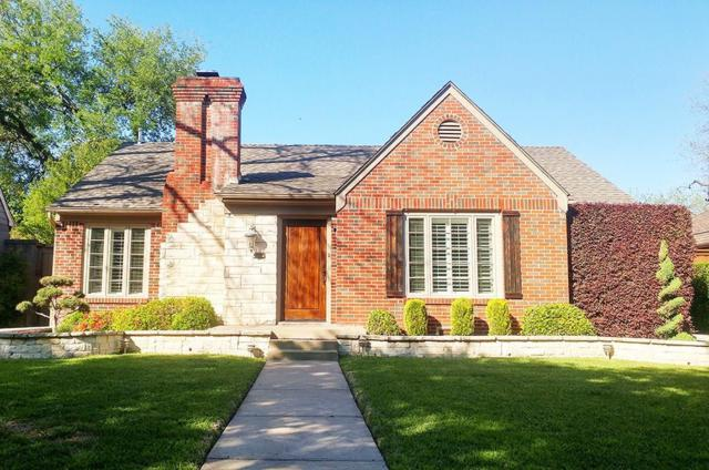 4312 Vandelia Street, Dallas, TX 75219 (MLS #13823056) :: The Rhodes Team