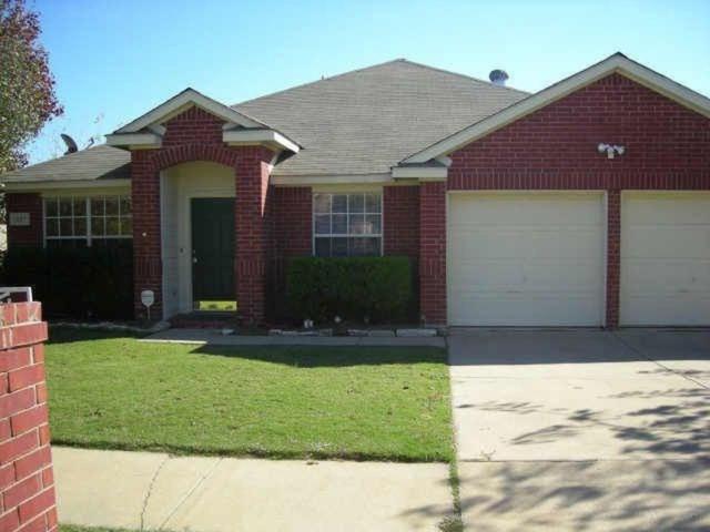1027 Ridgecrest Drive, Mckinney, TX 75069 (MLS #13823206) :: Frankie Arthur Real Estate