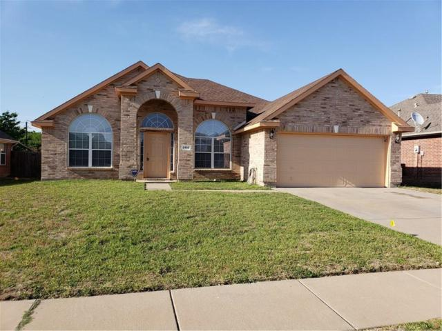 2450 Lost Mesa, Grand Prairie, TX 75052 (MLS #13823420) :: Keller Williams Realty