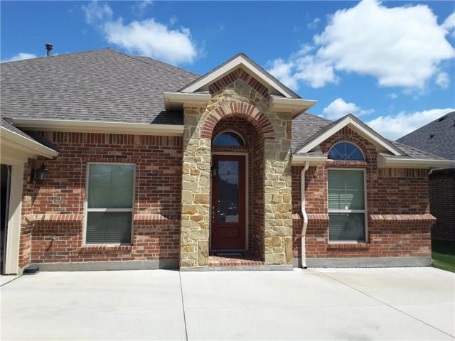2936 Wood Lake Trail, Grand Prairie, TX 75054 (MLS #13824329) :: The Chad Smith Team