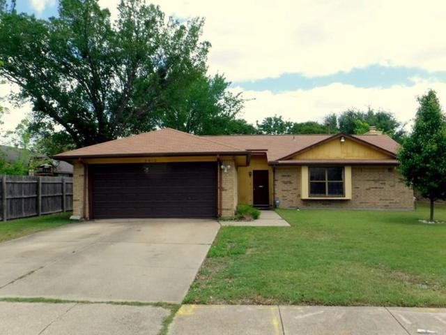 2910 Haymeadow Drive, Grand Prairie, TX 75052 (MLS #13824532) :: The Chad Smith Team