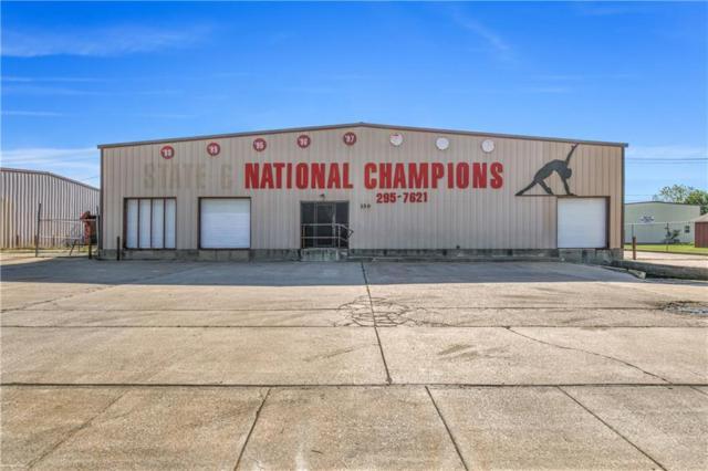 130 N Wilson Street, Burleson, TX 76028 (MLS #13824924) :: Potts Realty Group