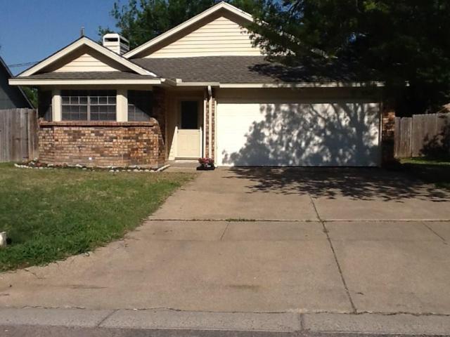 5310 Carpenter Drive, Arlington, TX 76017 (MLS #13825108) :: The Chad Smith Team