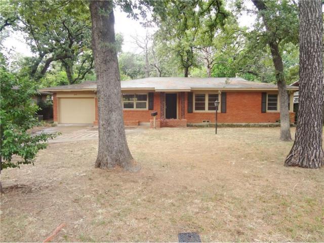 1515 Tulip Drive, Arlington, TX 76013 (MLS #13825678) :: The Chad Smith Team