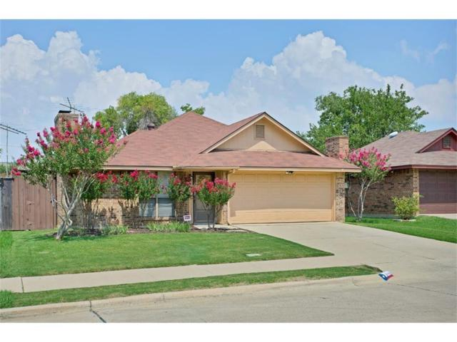 1006 Willowbrook Trail, Carrollton, TX 75006 (MLS #13825937) :: Kimberly Davis & Associates