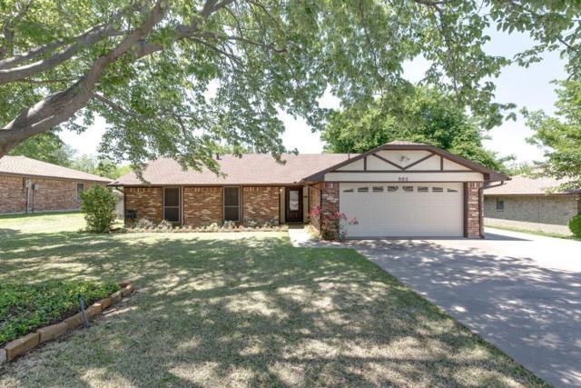 905 Kings Canyon Drive, Grapevine, TX 76051 (MLS #13826590) :: Magnolia Realty