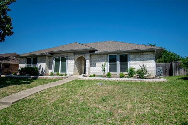 1722 Rosemeade Circle, Carrollton, TX 75007 (MLS #13827670) :: RE/MAX Performance Group
