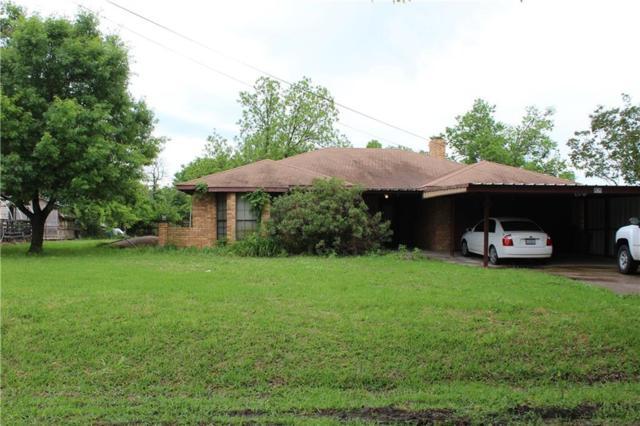 805 W Hanna Street, Wolfe City, TX 75496 (MLS #13836911) :: The Chad Smith Team