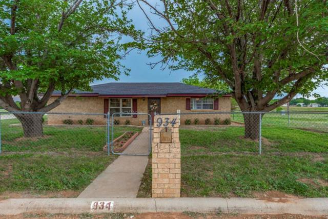 934 Brookside Street, Sweetwater, TX 79556 (MLS #13842639) :: Century 21 Judge Fite Company