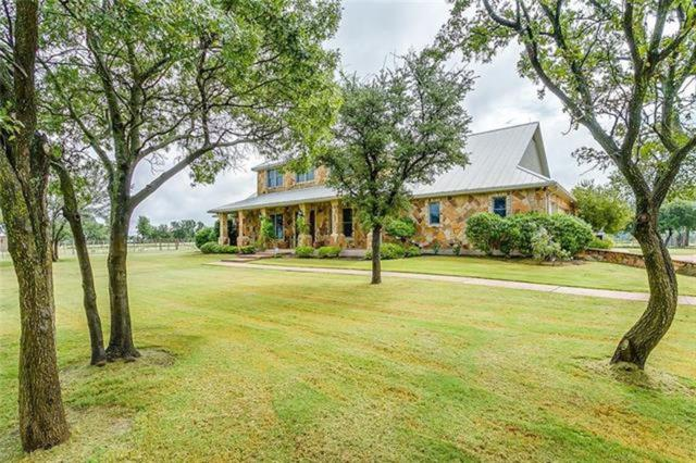 351 Cactus Rio Drive, Weatherford, TX 76087 (MLS #13844305) :: The Mitchell Group