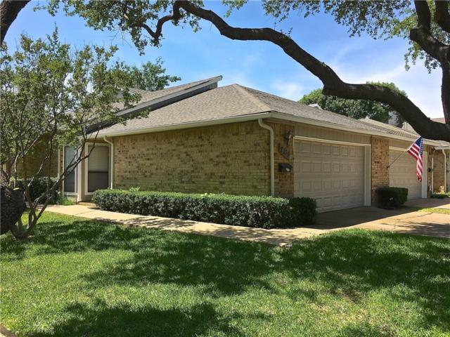 2109 Country Villa Drive, Carrollton, TX 75006 (MLS #13844659) :: Hargrove Realty Group