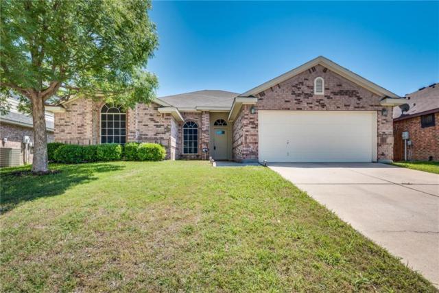 828 Adams Drive, Burleson, TX 76028 (MLS #13845728) :: NewHomePrograms.com LLC