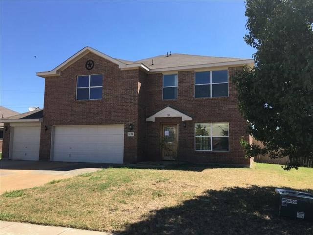 121 Vivian Drive, Waxahachie, TX 75165 (MLS #13846117) :: Magnolia Realty