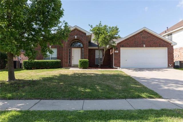 607 Teresa Lane, Grand Prairie, TX 75052 (MLS #13847563) :: Century 21 Judge Fite Company