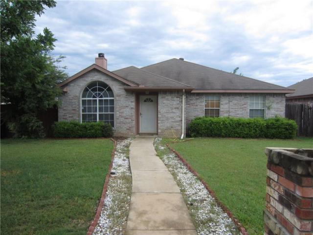 1106 Rimcrest Drive, Arlington, TX 76017 (MLS #13847989) :: Century 21 Judge Fite Company