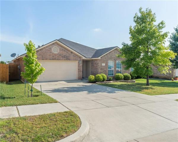 9212 Nathan Drive, White Settlement, TX 76108 (MLS #13848162) :: The Rhodes Team
