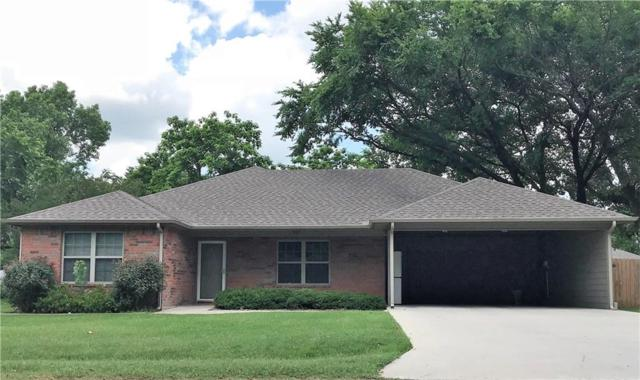 519 Pecan Street, Collinsville, TX 76233 (MLS #13848447) :: Fort Worth Property Group