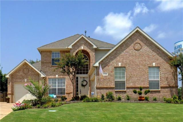 3105 Clifton Drive, Highland Village, TX 75077 (MLS #13848849) :: The Rhodes Team