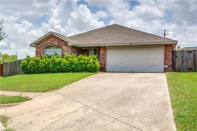208 Iris Lane, Cedar Hill, TX 75104 (MLS #13848931) :: RE/MAX Pinnacle Group REALTORS