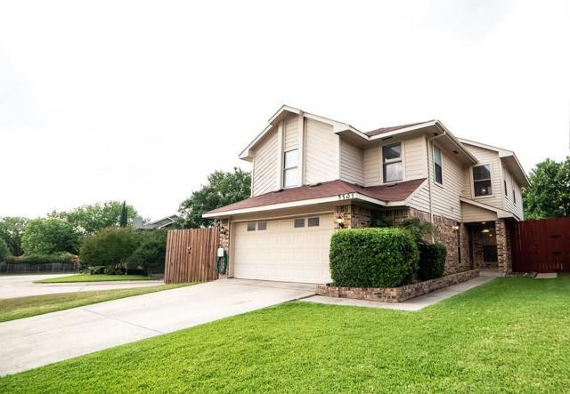 2101 Holly Hill Lane, Carrollton, TX 75007 (MLS #13849877) :: RE/MAX Landmark