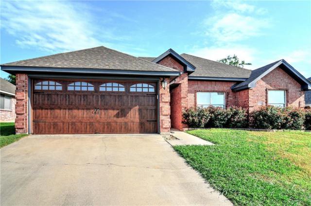 1704 Northbrook Lane, Sherman, TX 75092 (MLS #13850161) :: Real Estate By Design