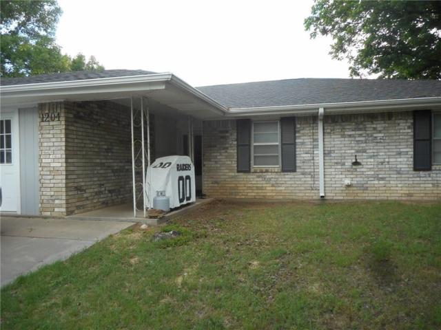 1204 Friona, Bowie, TX 76230 (MLS #13850206) :: Team Hodnett