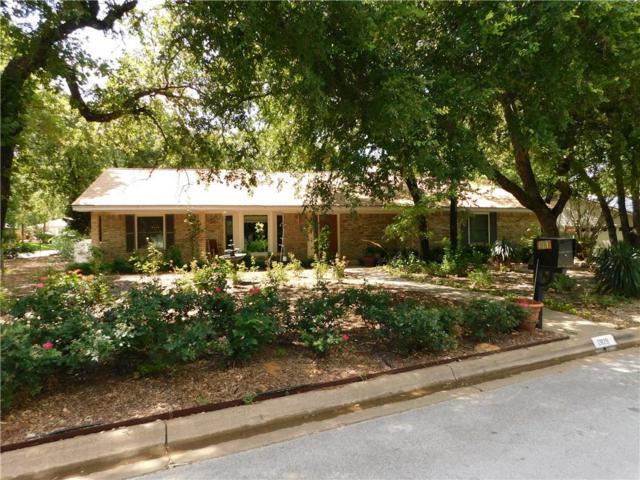 2825 Winterhaven Drive, Hurst, TX 76054 (MLS #13850601) :: The Mitchell Group