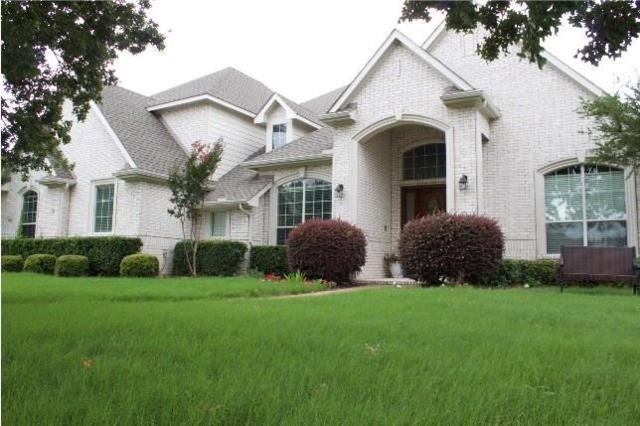 5609 Lavon Drive, Flower Mound, TX 75028 (MLS #13853832) :: Team Hodnett