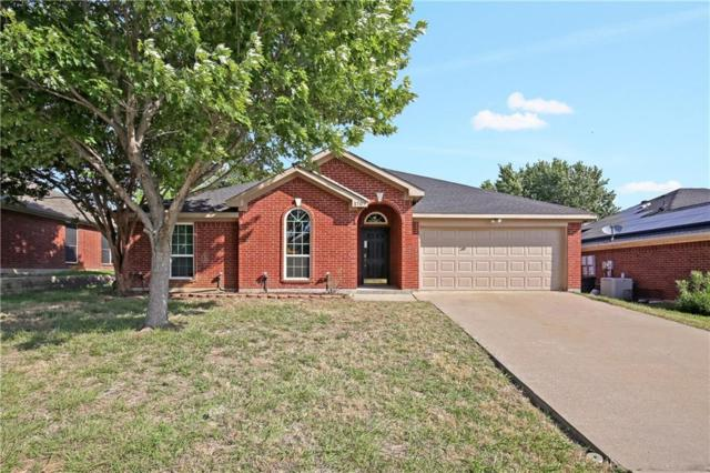 1707 Crestmeadow Lane, Mansfield, TX 76063 (MLS #13854126) :: The Chad Smith Team