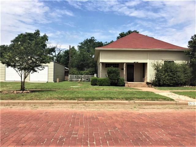 207 N Avenue F, Haskell, TX 79521 (MLS #13854428) :: Team Hodnett