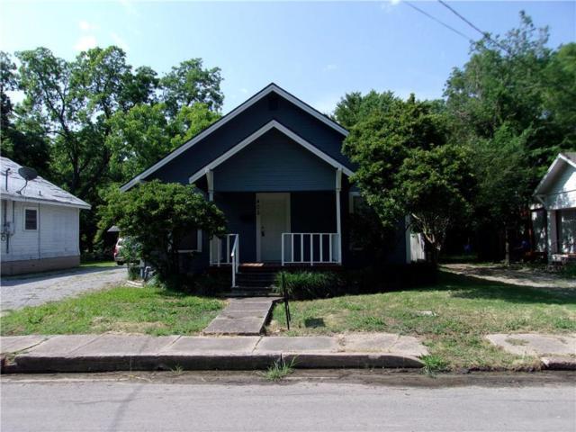405 W 6th, Bonham, TX 75418 (MLS #13856829) :: Baldree Home Team