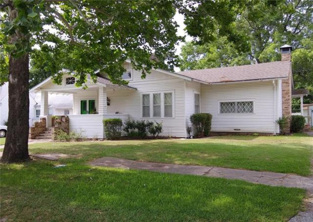 509 W Maple Street, Whitewright, TX 75491 (MLS #13859159) :: Baldree Home Team