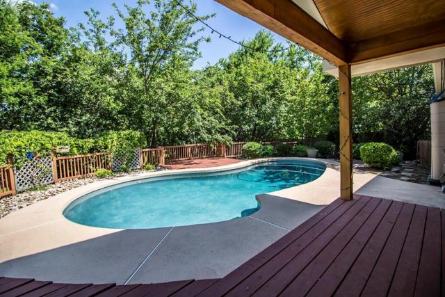 2012 S Lakeshore Drive, Rockwall, TX 75087 (MLS #13864631) :: Robbins Real Estate Group