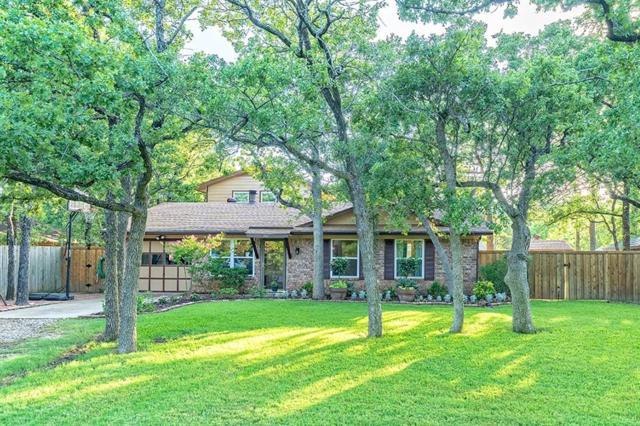 207 Oak Tree Lane, Hickory Creek, TX 75065 (MLS #13864794) :: Baldree Home Team