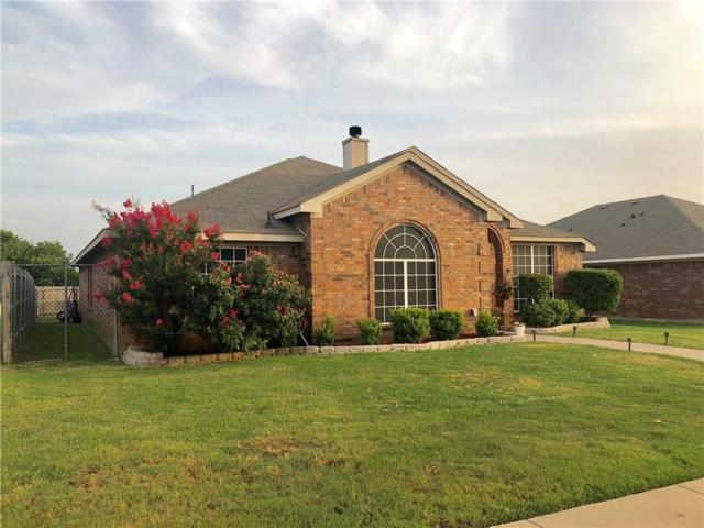 1318 Chapel Creek Drive, Midlothian, TX 76065 (MLS #13865615) :: The FIRE Group at Keller Williams