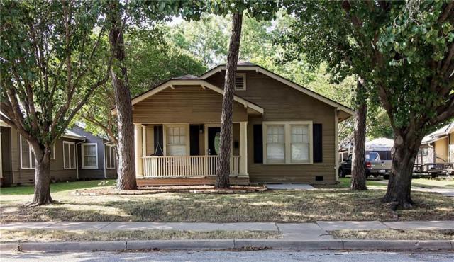 907 College, Sherman, TX 75092 (MLS #13867693) :: Baldree Home Team
