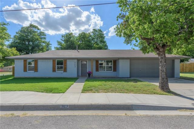 303 N 3rd Street, Krum, TX 76249 (MLS #13869116) :: Kindle Realty