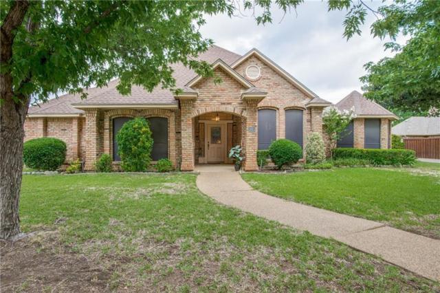 3921 Dendron Drive, Flower Mound, TX 75028 (MLS #13869279) :: Frankie Arthur Real Estate