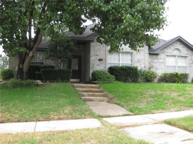 2424 Norwich Drive, Carrollton, TX 75006 (MLS #13869404) :: Kimberly Davis & Associates