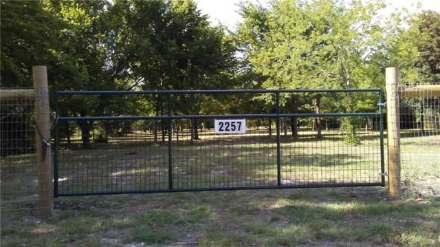 2257 Woodlake Road, Denison, TX 75021 (MLS #13869876) :: RE/MAX Town & Country