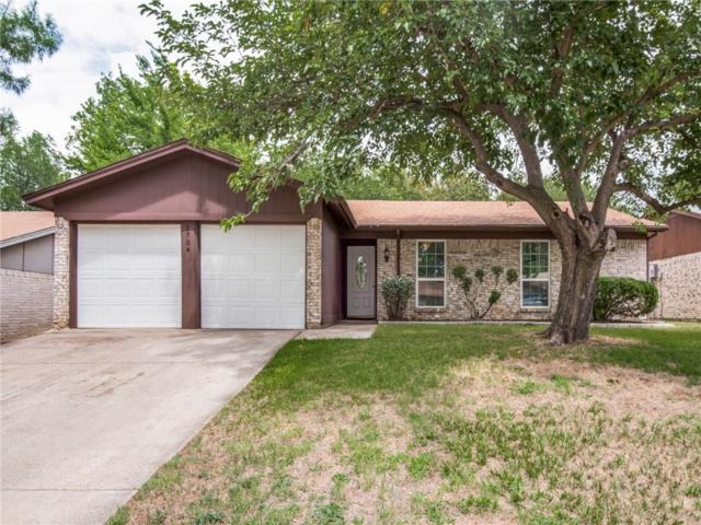 2704 Springlake Court, Irving, TX 75060 (MLS #13869897) :: Team Hodnett