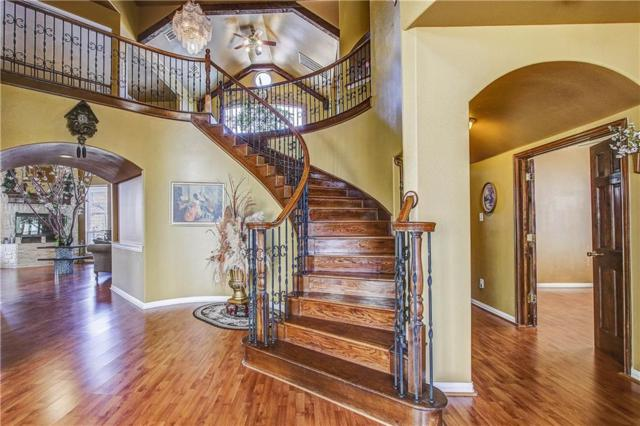9618 Peach Tree Lane, Rowlett, TX 75089 (MLS #13870238) :: The FIRE Group at Keller Williams