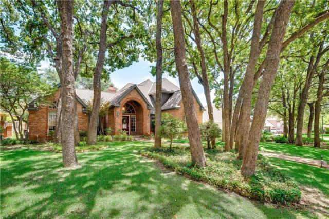 2902 Creekview Circle, Grapevine, TX 76051 (MLS #13871614) :: Coldwell Banker Residential Brokerage