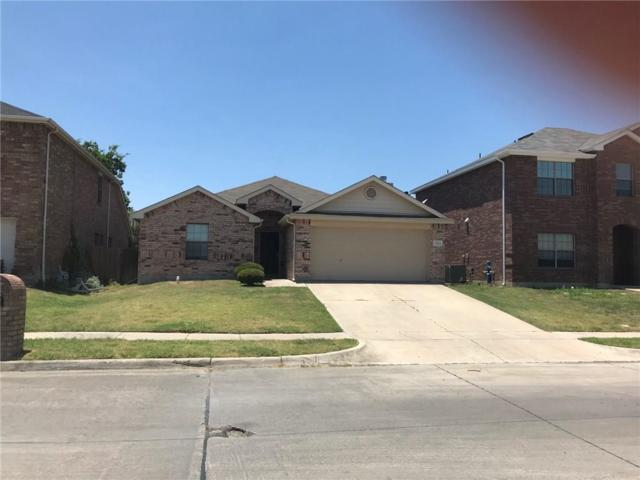 7302 Fossil Creek Drive, Arlington, TX 76002 (MLS #13872669) :: Magnolia Realty