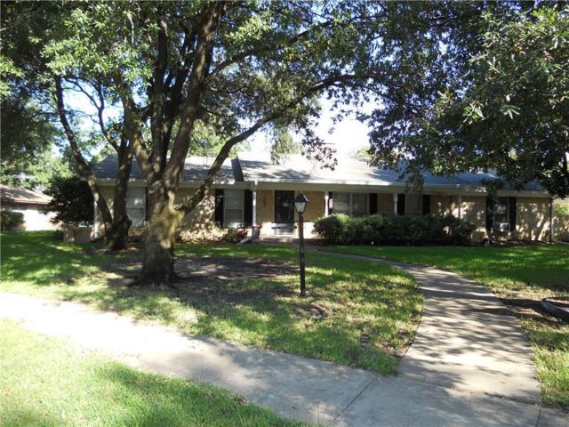 1400 Hillcrest Street, Ennis, TX 75119 (MLS #13874367) :: Pinnacle Realty Team