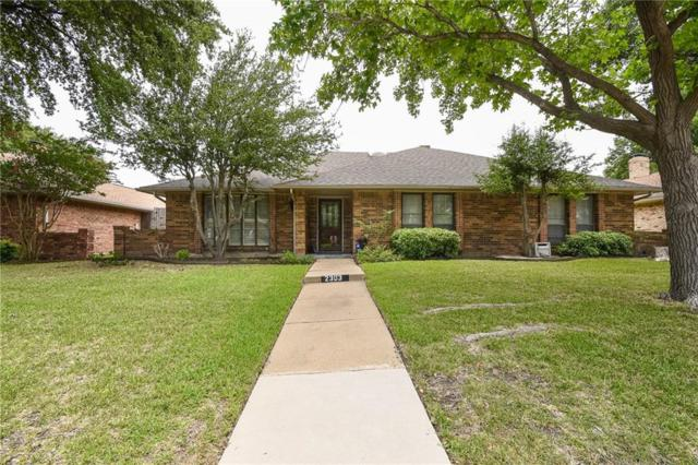 2303 Stone Glen Lane, Carrollton, TX 75007 (MLS #13875903) :: RE/MAX Landmark