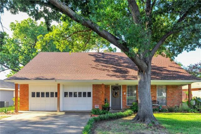 2107 Friar Tuck Drive, Arlington, TX 76013 (MLS #13876166) :: Team Hodnett