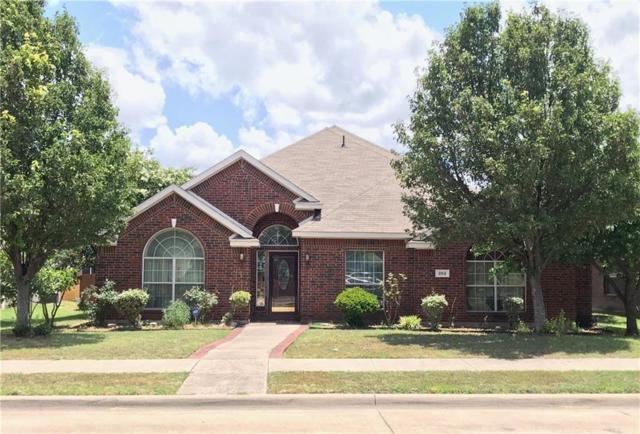 204 Crystal Lake Drive, Desoto, TX 75115 (MLS #13880357) :: RE/MAX Pinnacle Group REALTORS