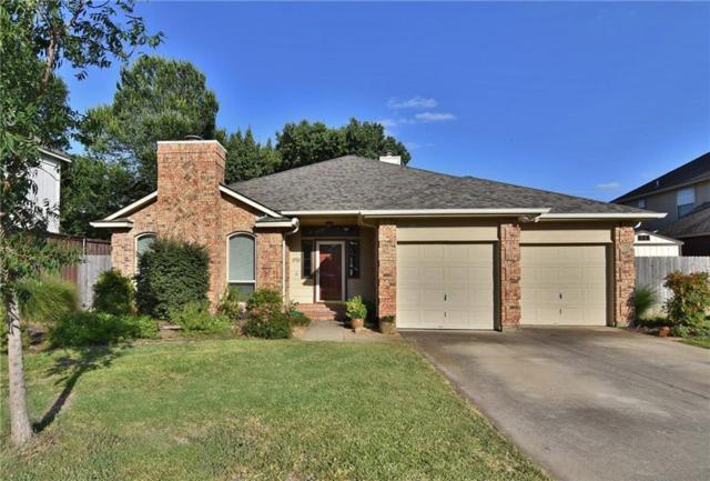 2702 Kingswood Court, Arlington, TX 76001 (MLS #13880704) :: Frankie Arthur Real Estate