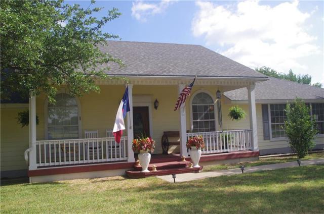 901 E Cedar Avenue, Comanche, TX 76442 (MLS #13881336) :: Robbins Real Estate Group
